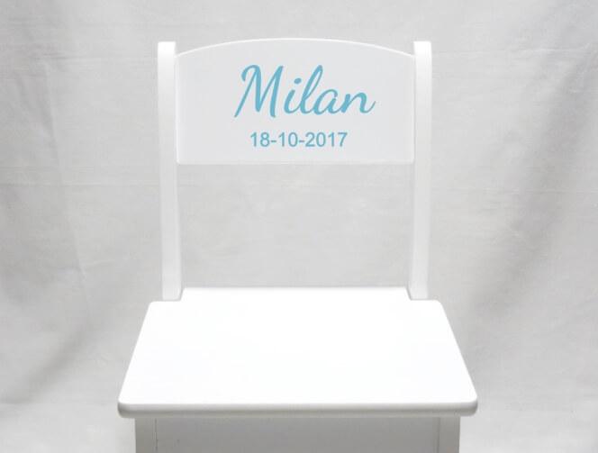 Stoeltje met naam - Milan