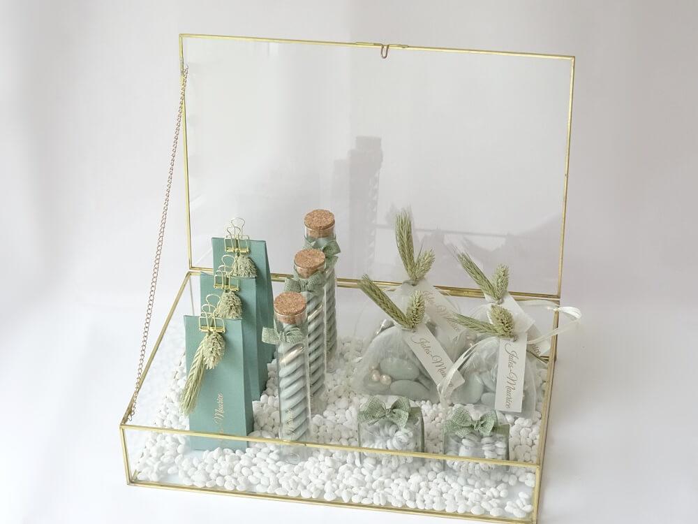 Glazen koffer goud 1